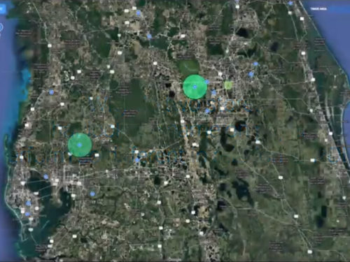 How can geosocial data explain performance differences between two stores?